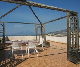 Admiring Amalfi