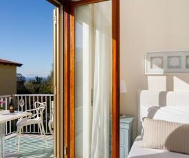 Appartamento Emma in Villa per 2/4 persone con piscina, parcheggio privato e WIFI
