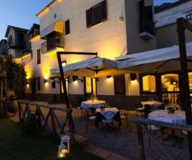 Torca Villa Sleeps 12 with Air Con