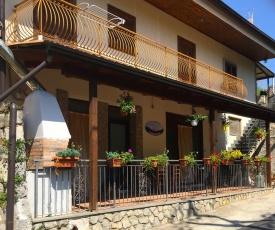 Torca Villa Sleeps 8 with Pool Air Con and WiFi