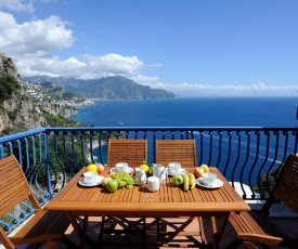 Conca dei Marini Villa Sleeps 12 Pool Air Con WiFi
