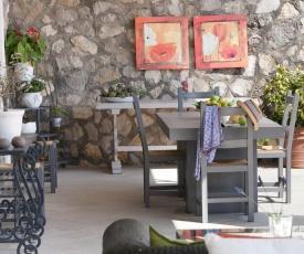 Appartamento in Villa con Giardino privato e piscina