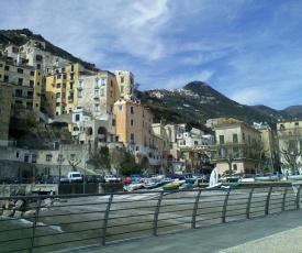 Amalfi Coast - Minori Apartment for 6