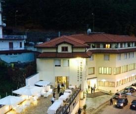 Caluga House